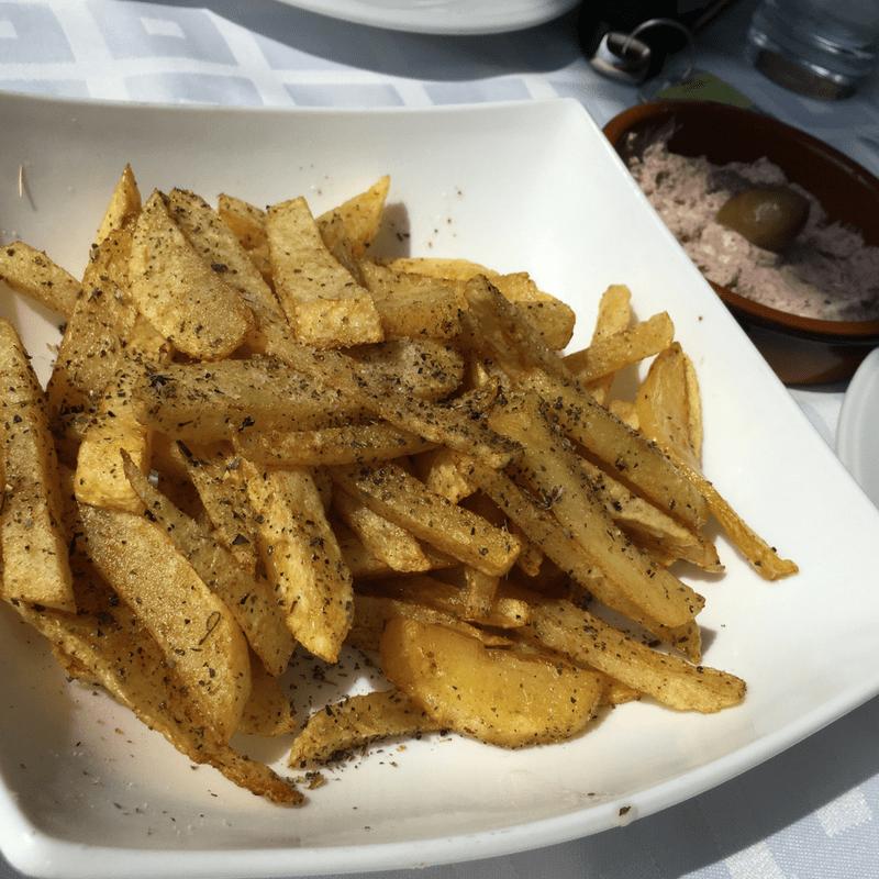 top_ten_traditional_greek_foods_fries