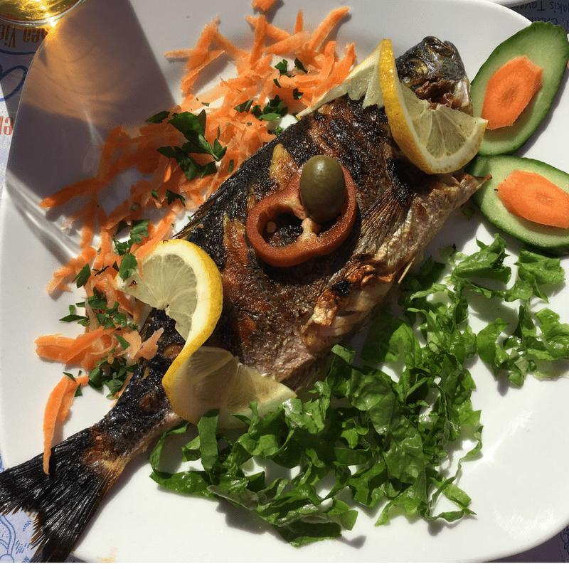 top_ten_traditional_greek_food_fresh_fish