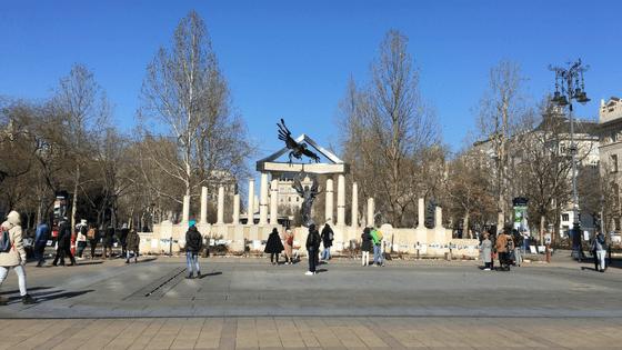 Budapest_war_memorial