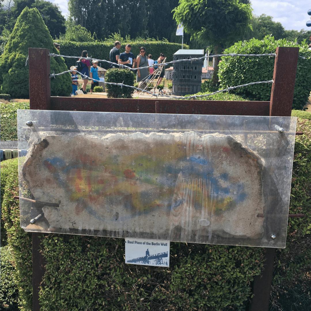 mini_europe_berlin_wall