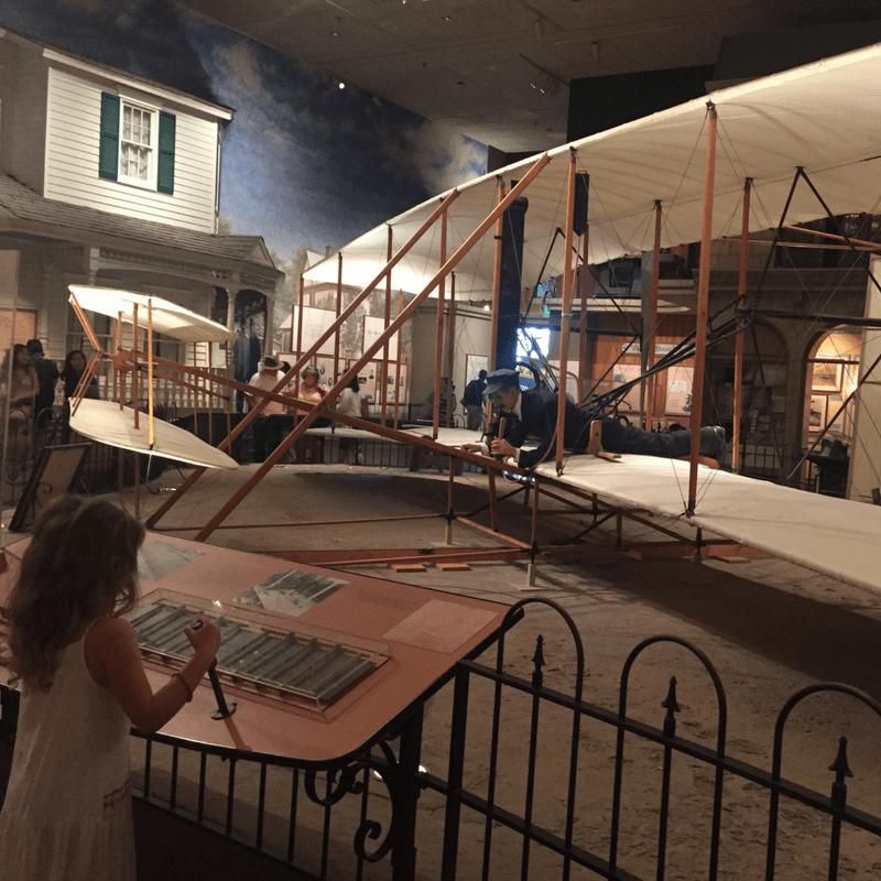museum_of_air_and_space_review