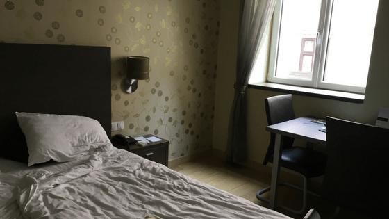 Opera_garden_bedroom