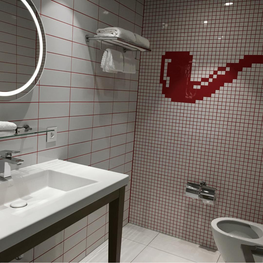 radisson_red_brussels_bathroom