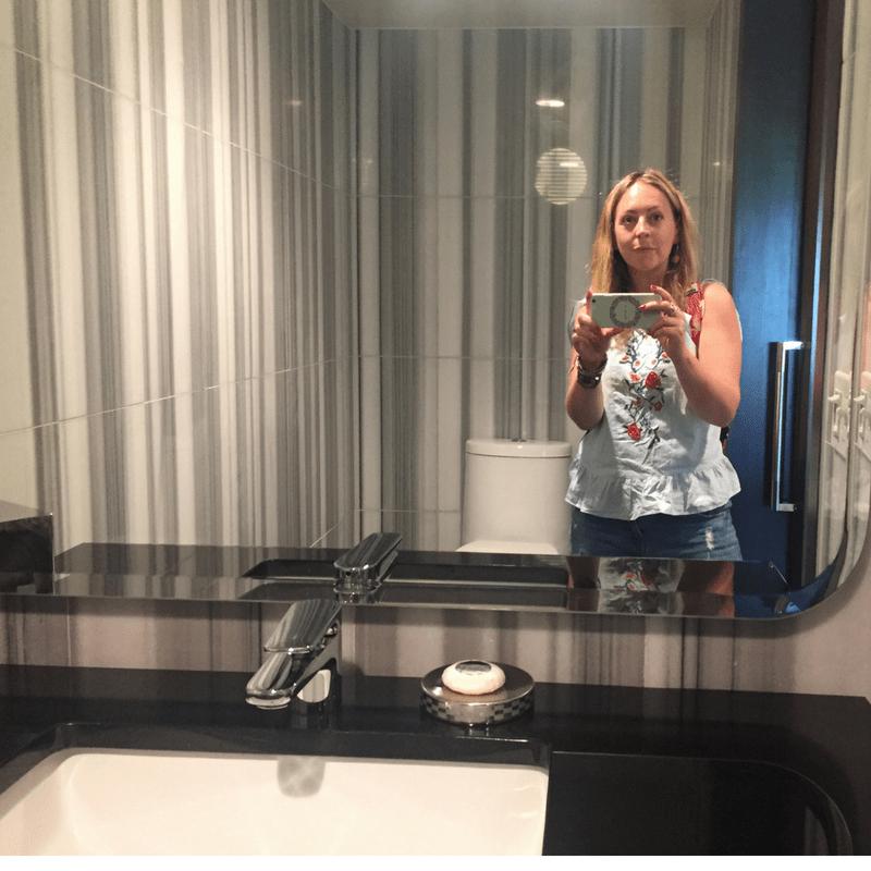watergate_hotel_bathroom