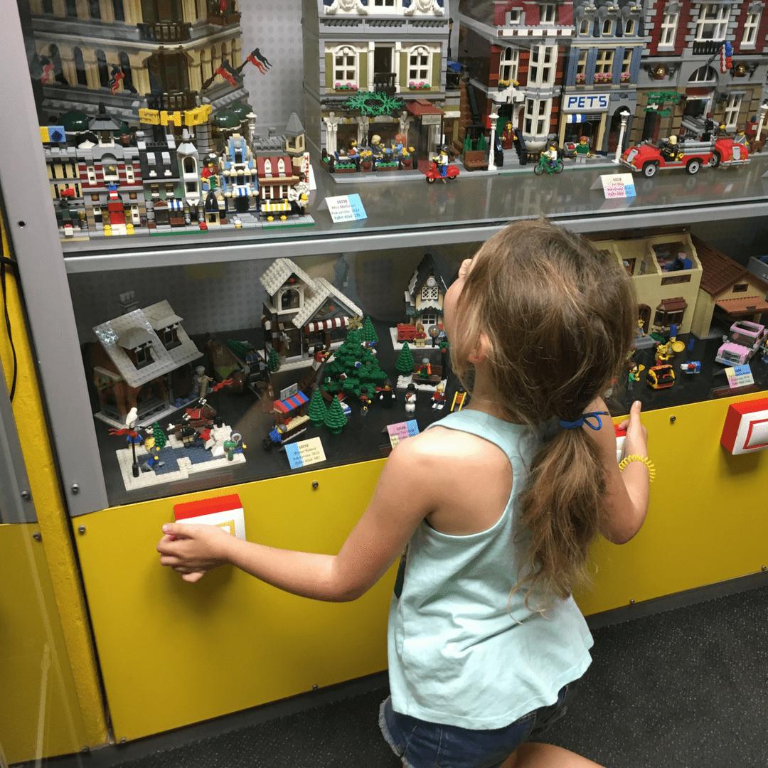 prague_with_kids_lego_museum