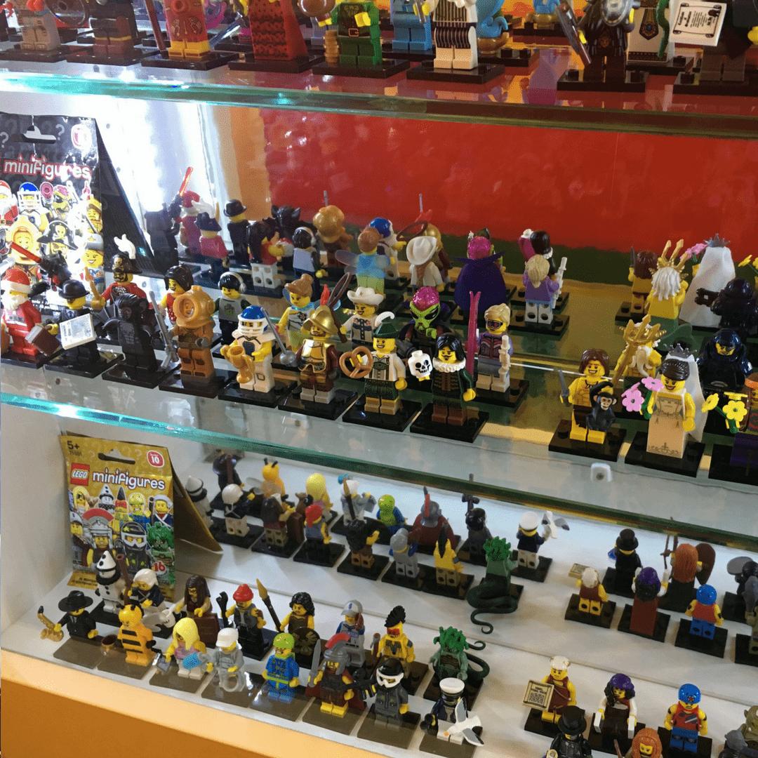 museum_of_bricks_mini_figures