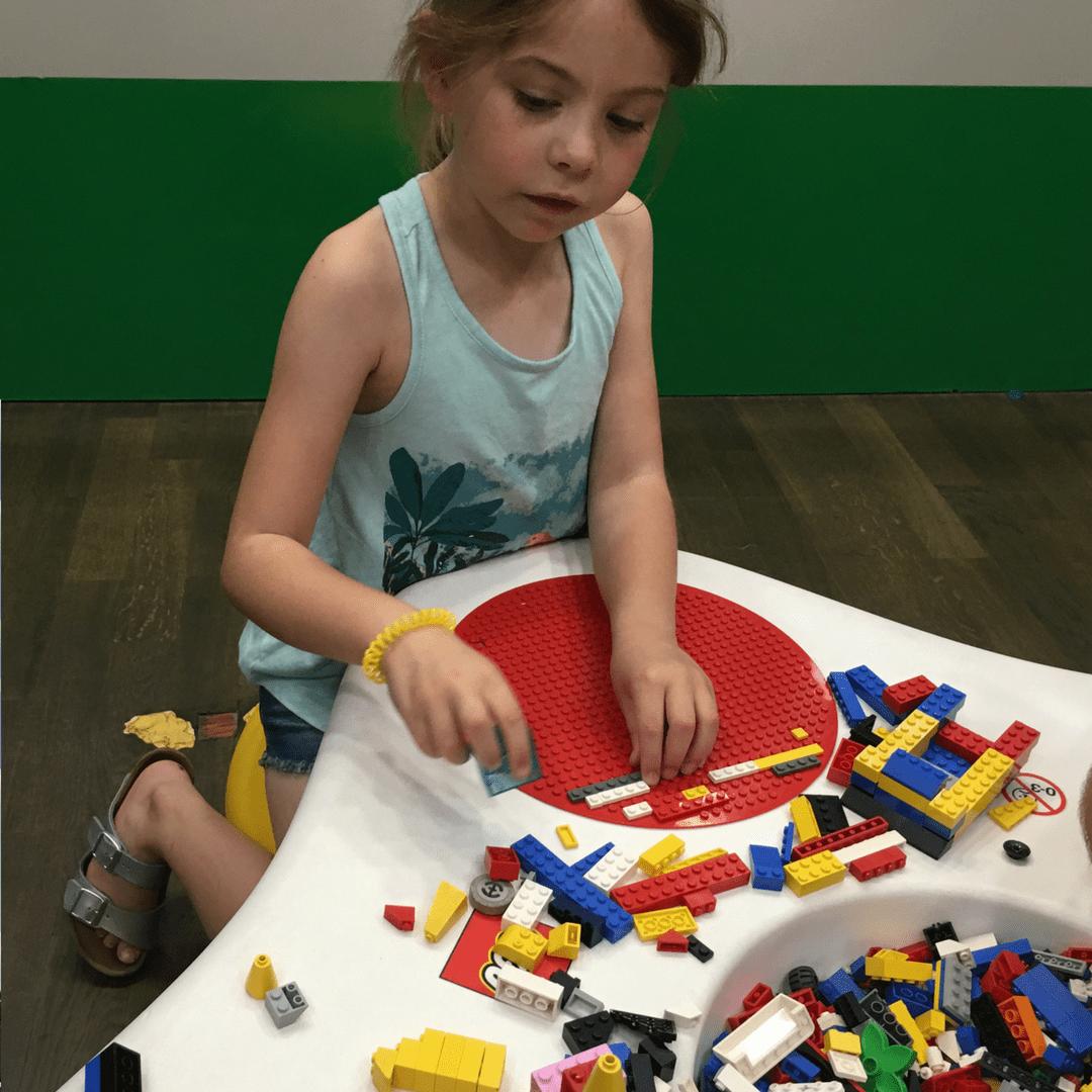 museum_of_bricks_play