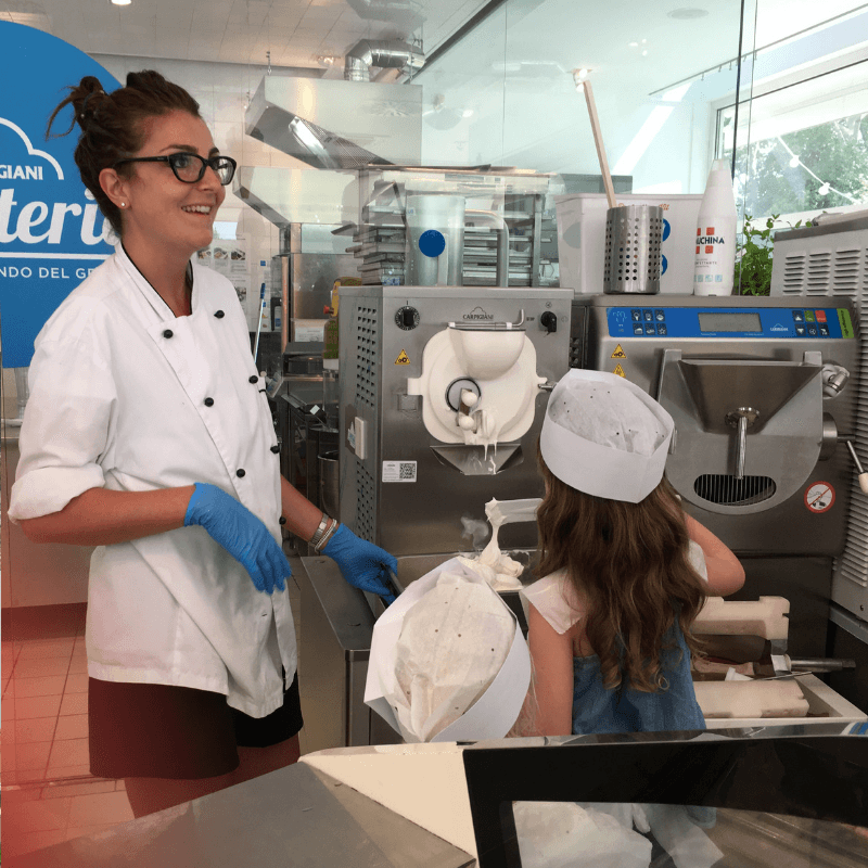 family_experience_at_the_gelato_museum_in_bologna