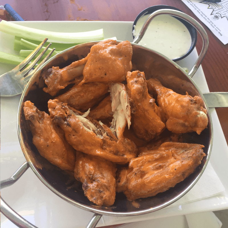 buffulo wings at the southernmost beach cafe key west