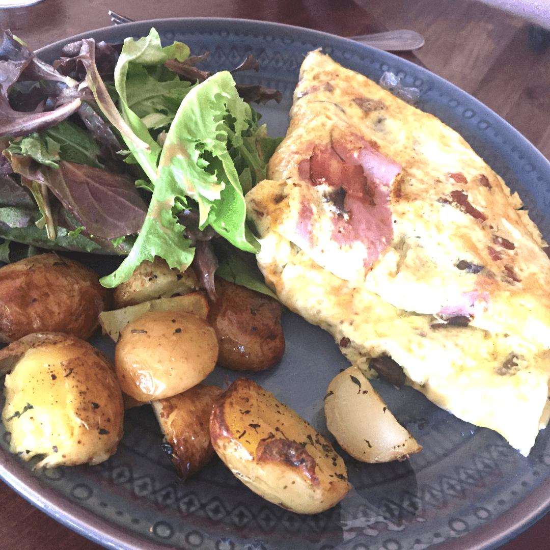 breakfast omelette in coconut grove miami