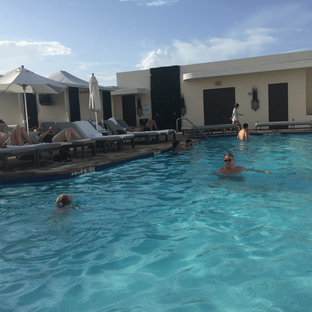 the gorgeous pool at the mayfair hotel coconut grove