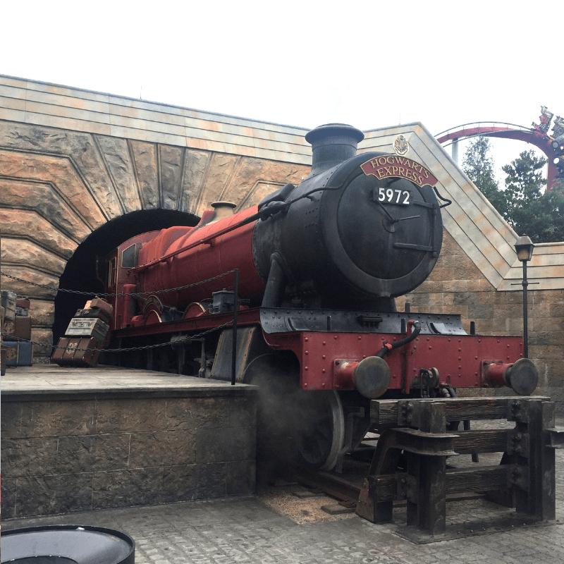 the hogwarts express at universal studios in orlando