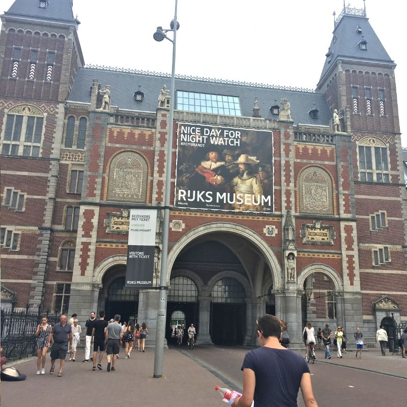 the exterior of the rijksmusuem in amsterdam