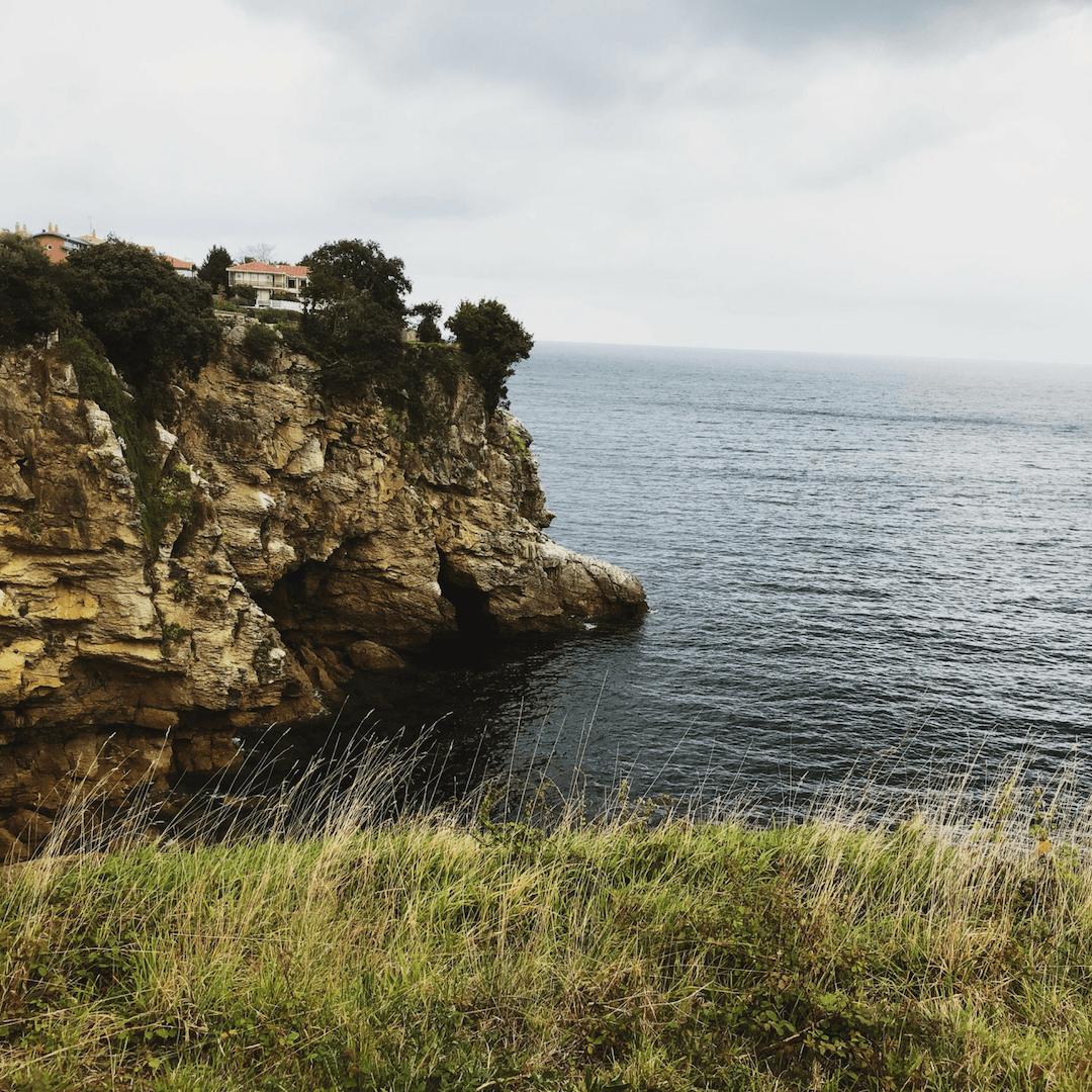 how to get hike to san juan de Gaztelugatxe for great views