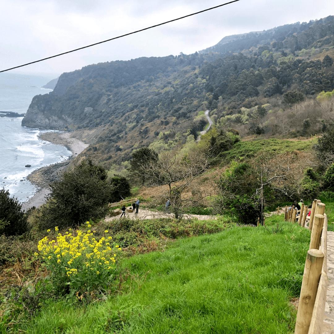 the path on the hike to san juan de gaztelugatxe