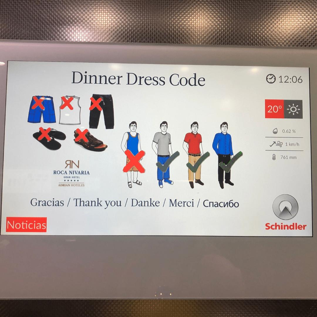 dress code sign at the roca nivaria buffet restaurant