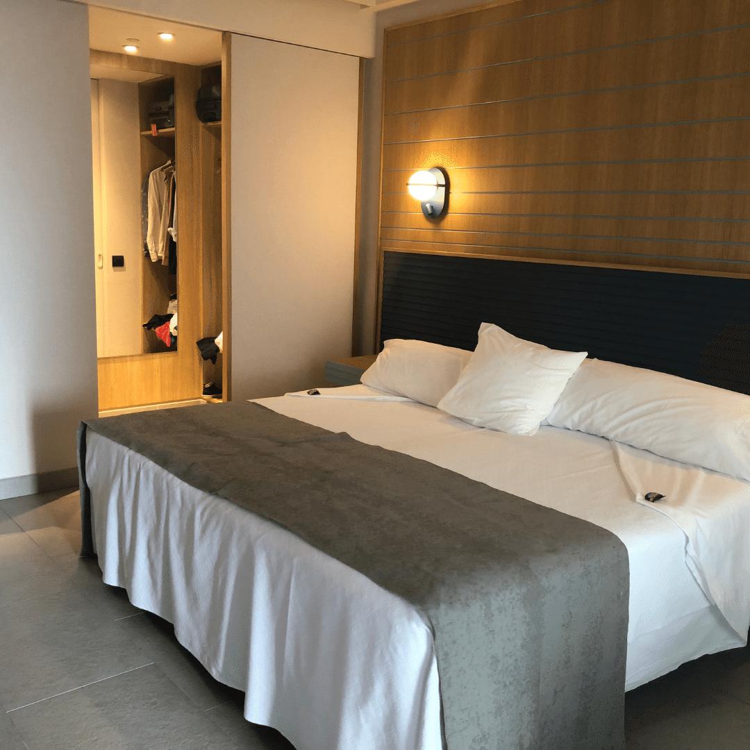 bed at the Roca nivaria hotel