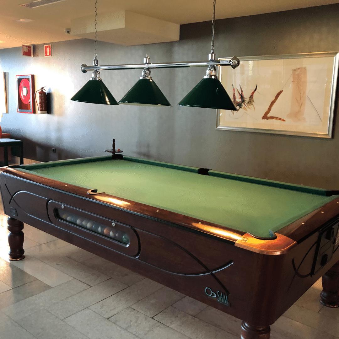snooker table at the roca nivaria hotel