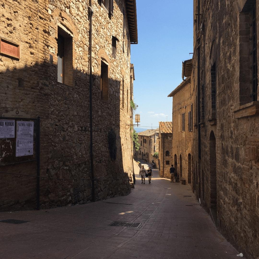 quiet street in san gimignano