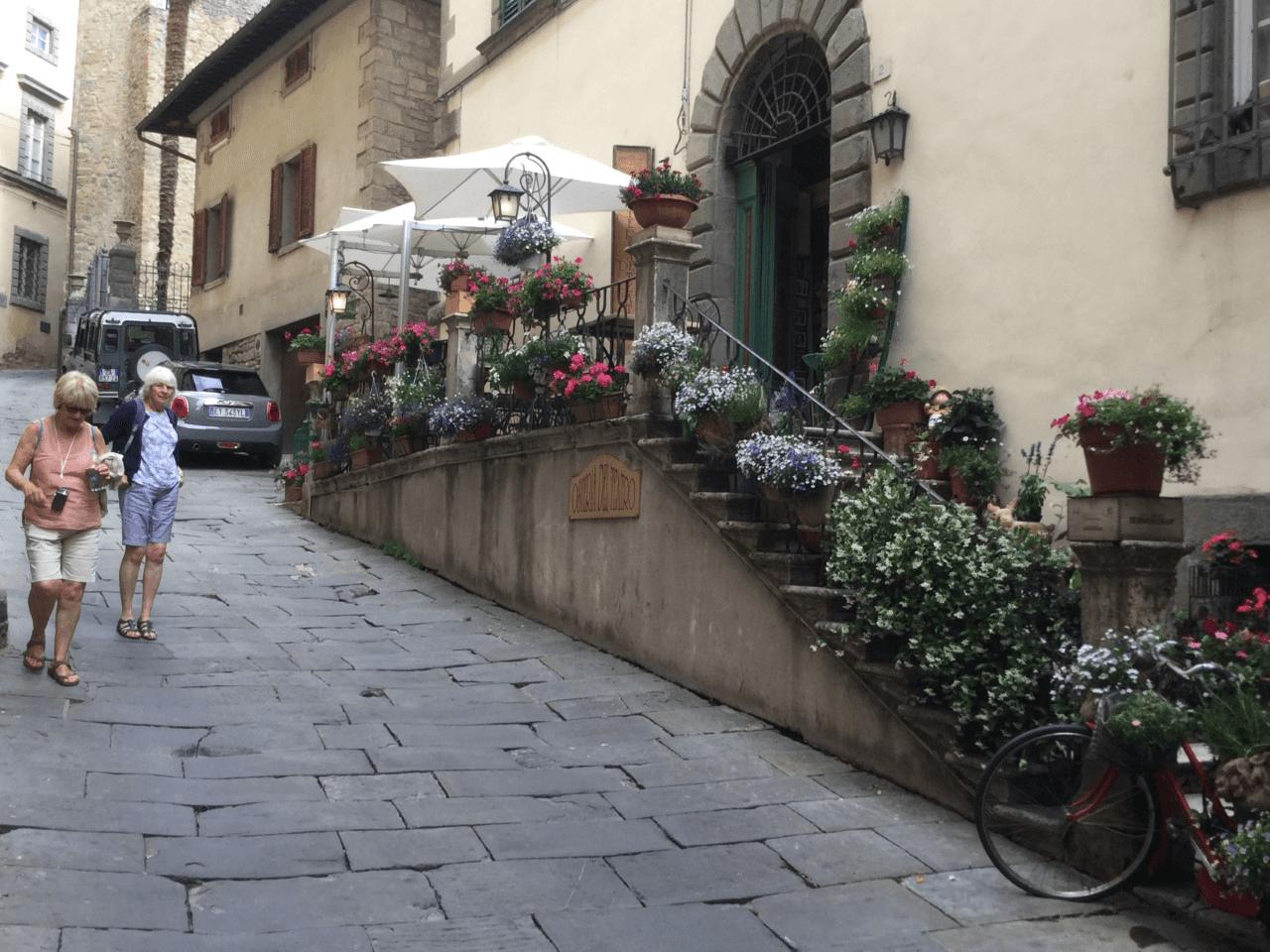 tuscany itinerary visit cortona
