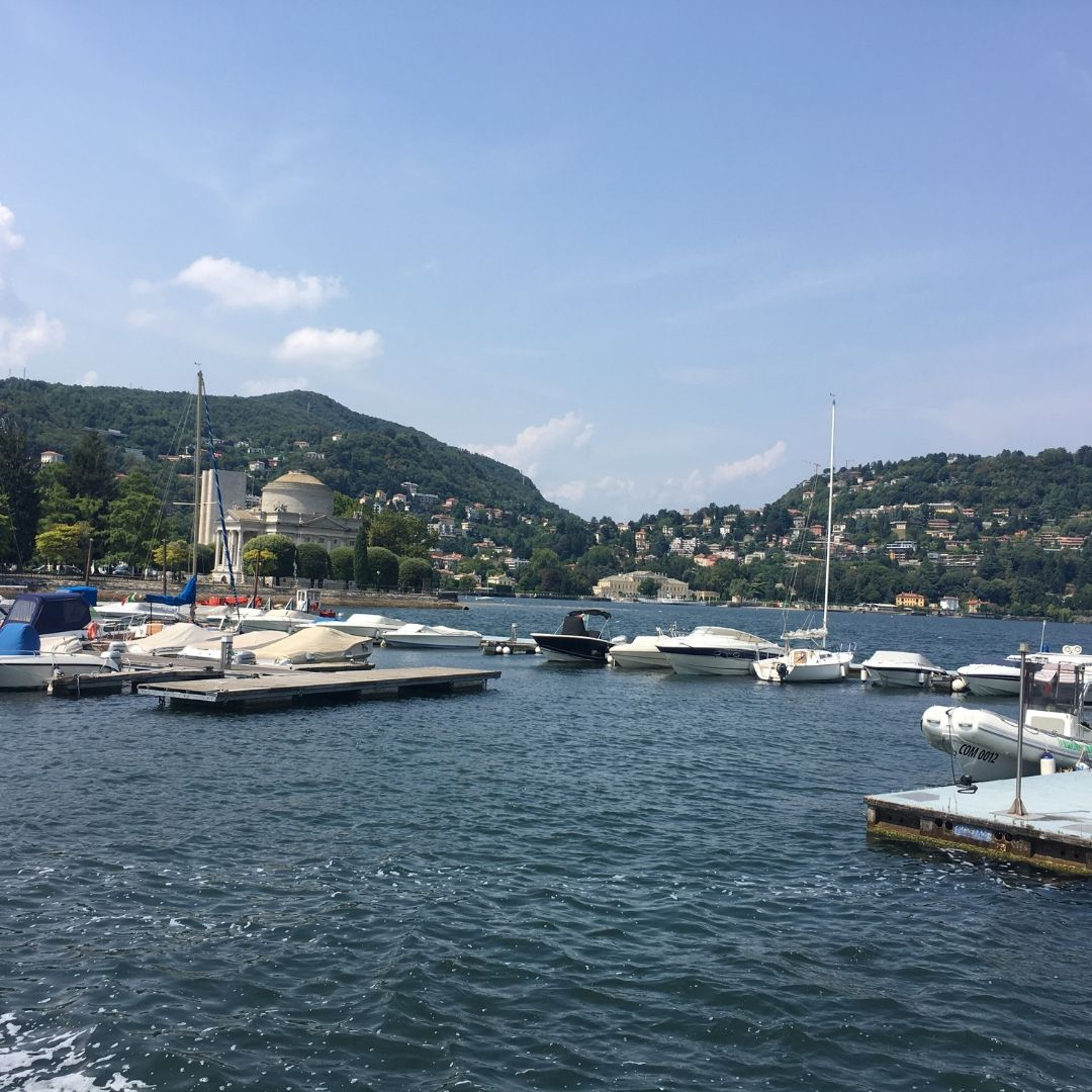 how to spend the day in como, take a boat trip