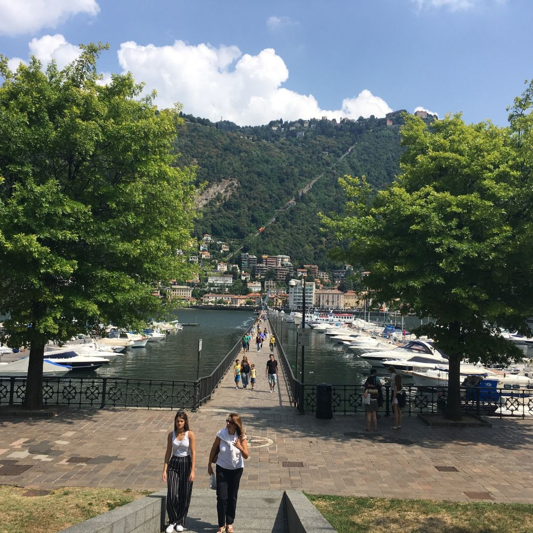 how to spend a day in Como exploring the lake