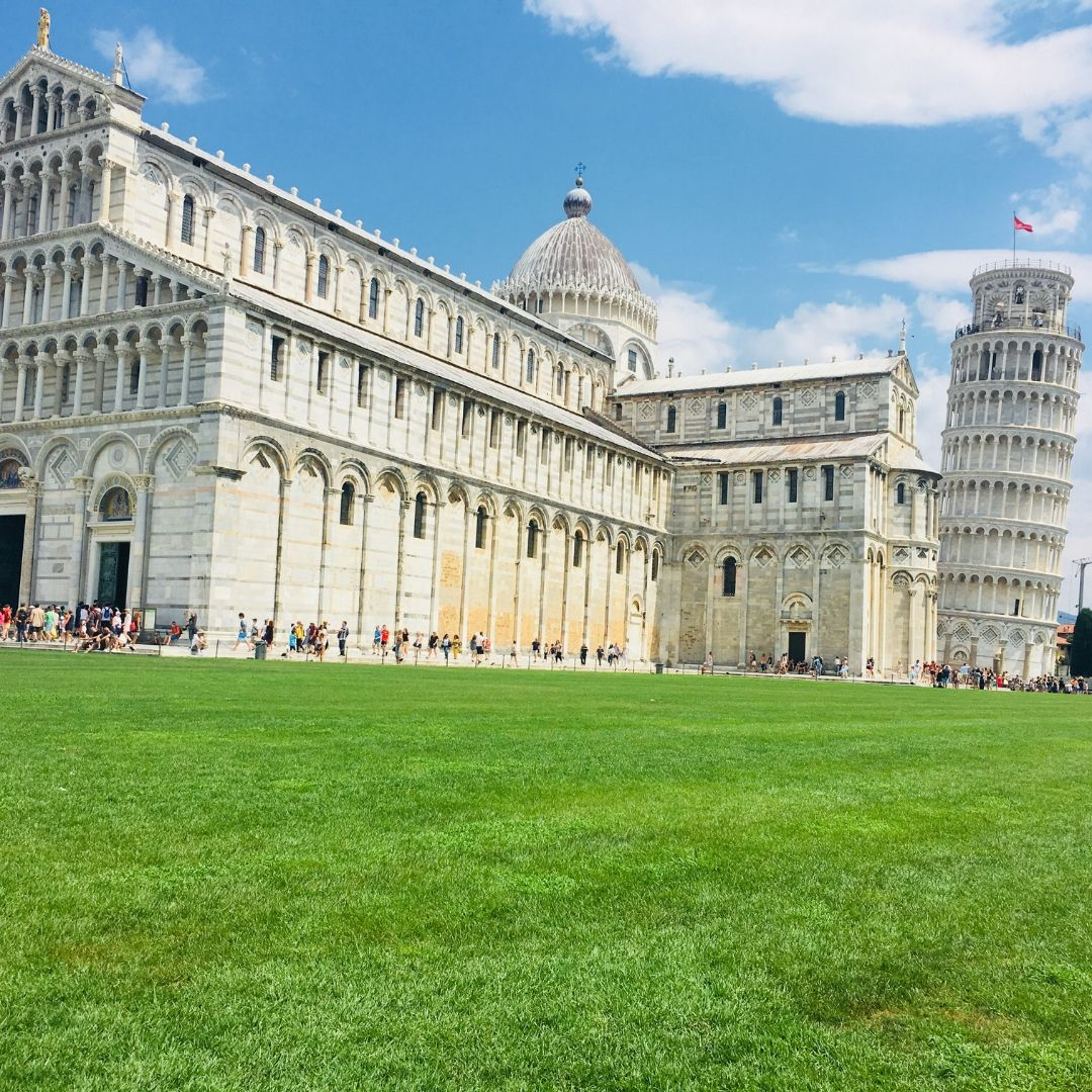 view of beautiful buildings in Pisa, a family friendly city in Tuscany