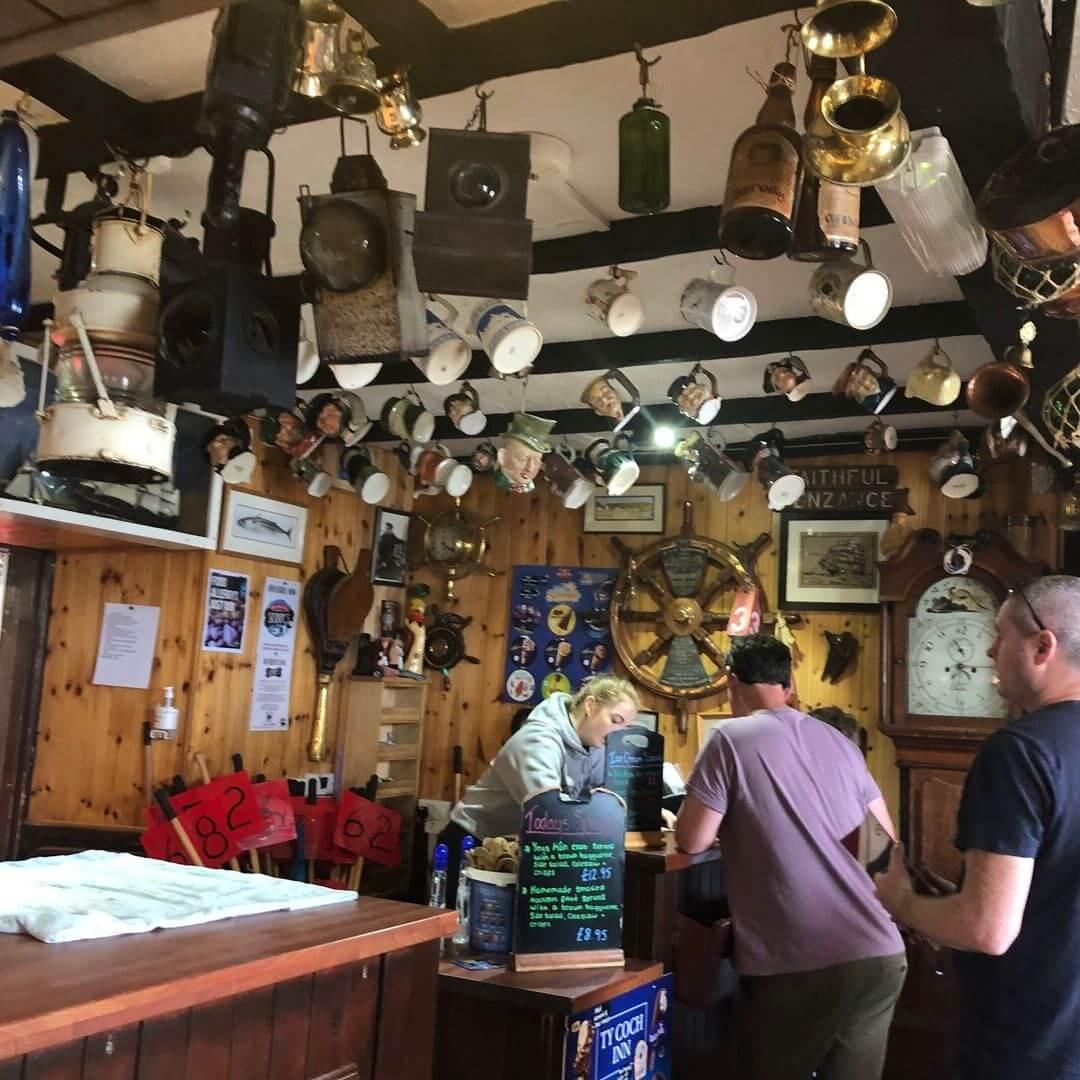 Cosy Beach Pub In North Wales