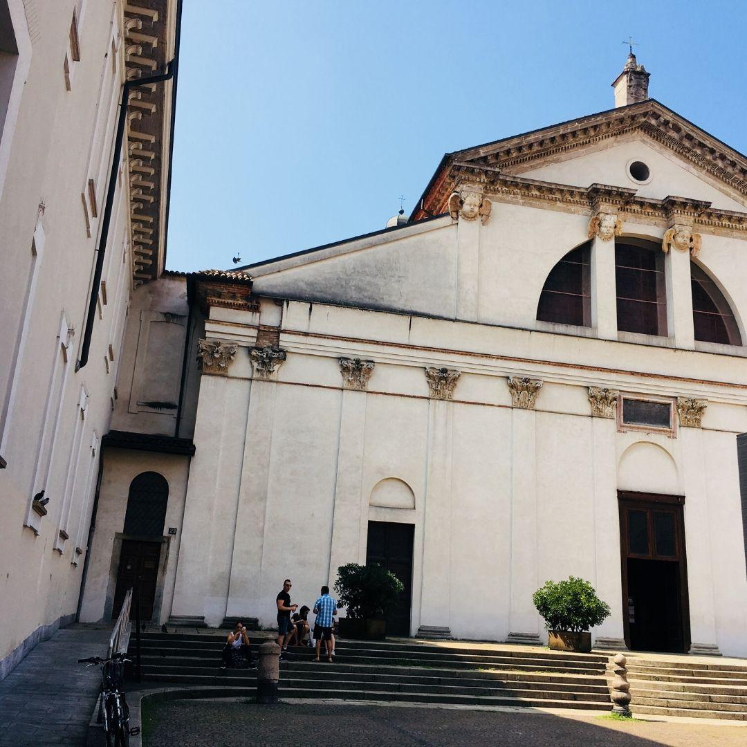 pretty old buildings in Milan