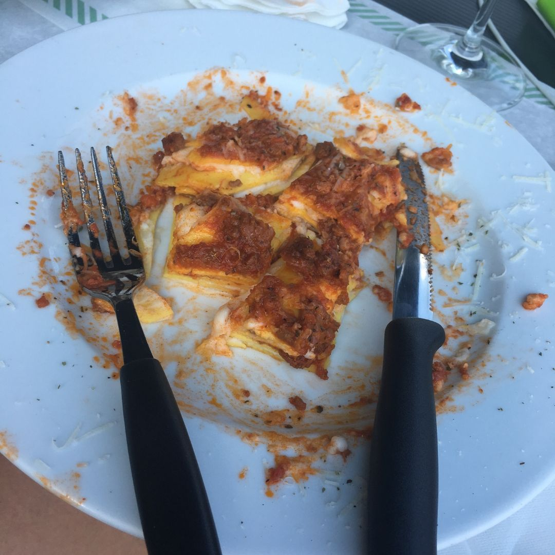 bad pasta in milan, italy