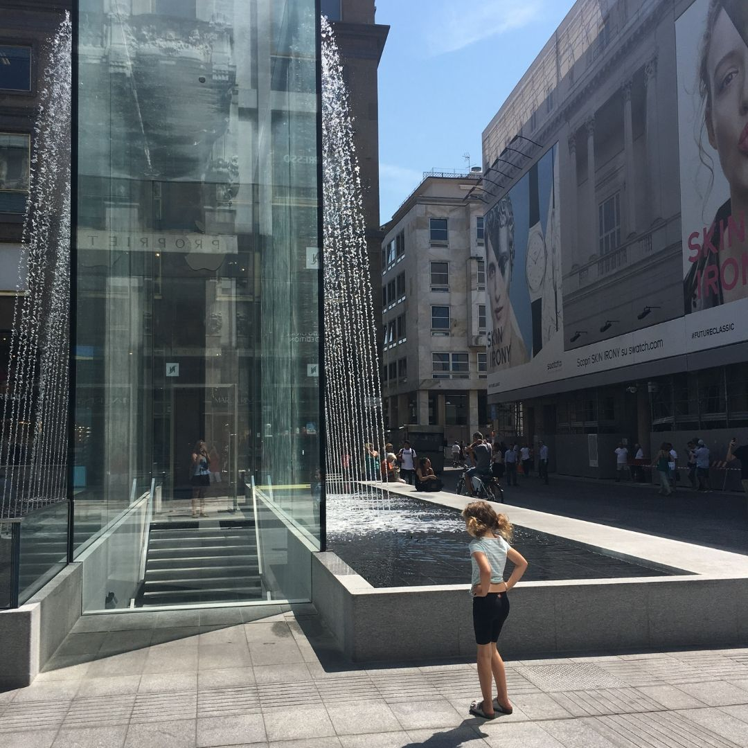 fountains in Milan