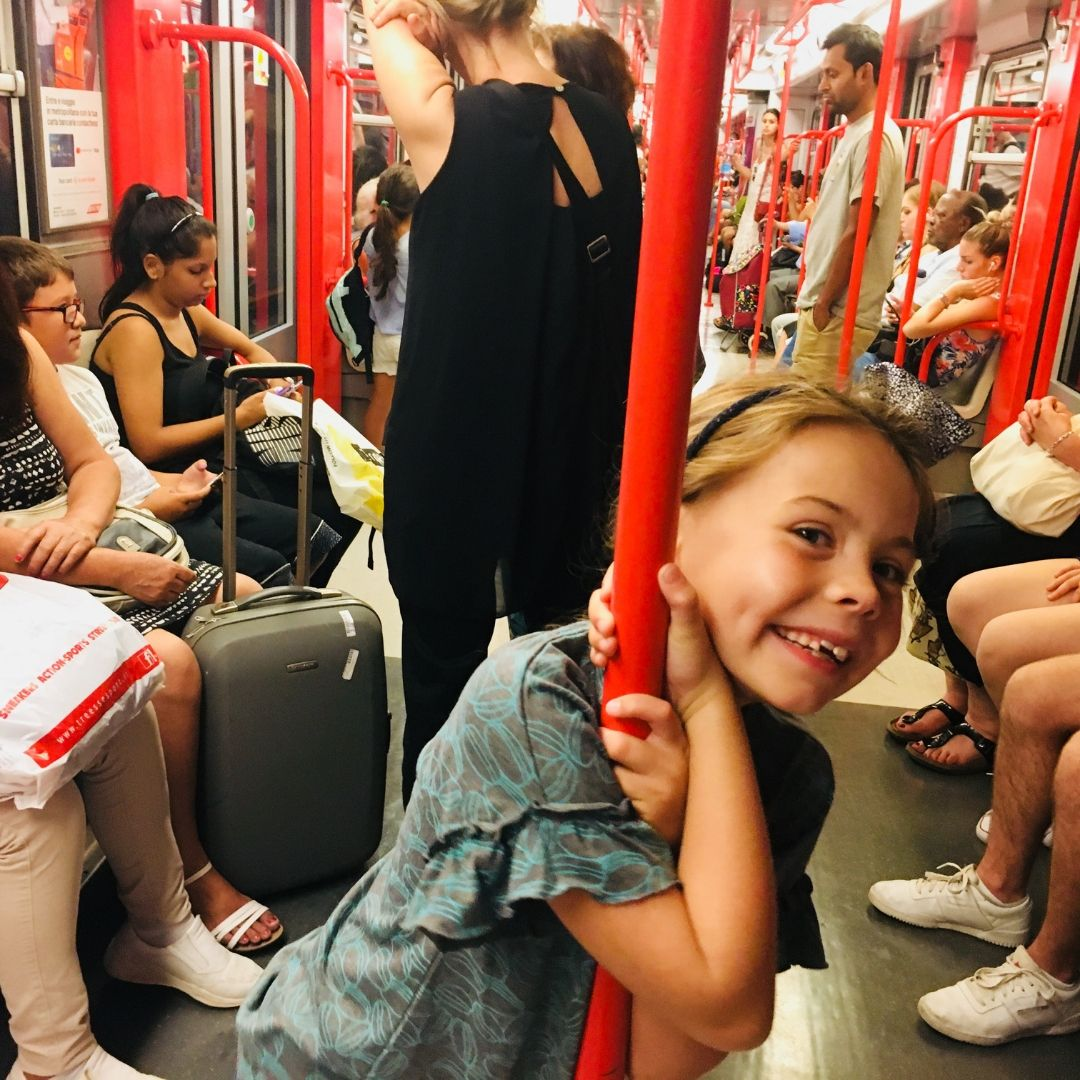 piper quinn on the underground in Milan