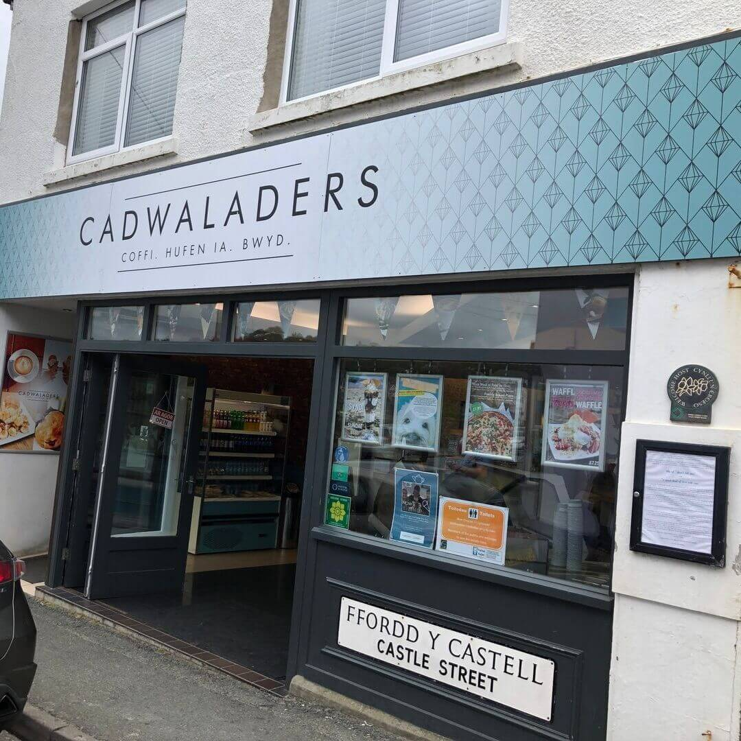 cadwaladers ice cream shop in criccieth