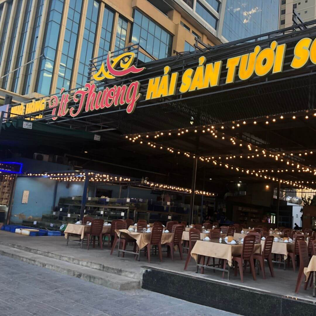 restaurant with plastic outdoor seating