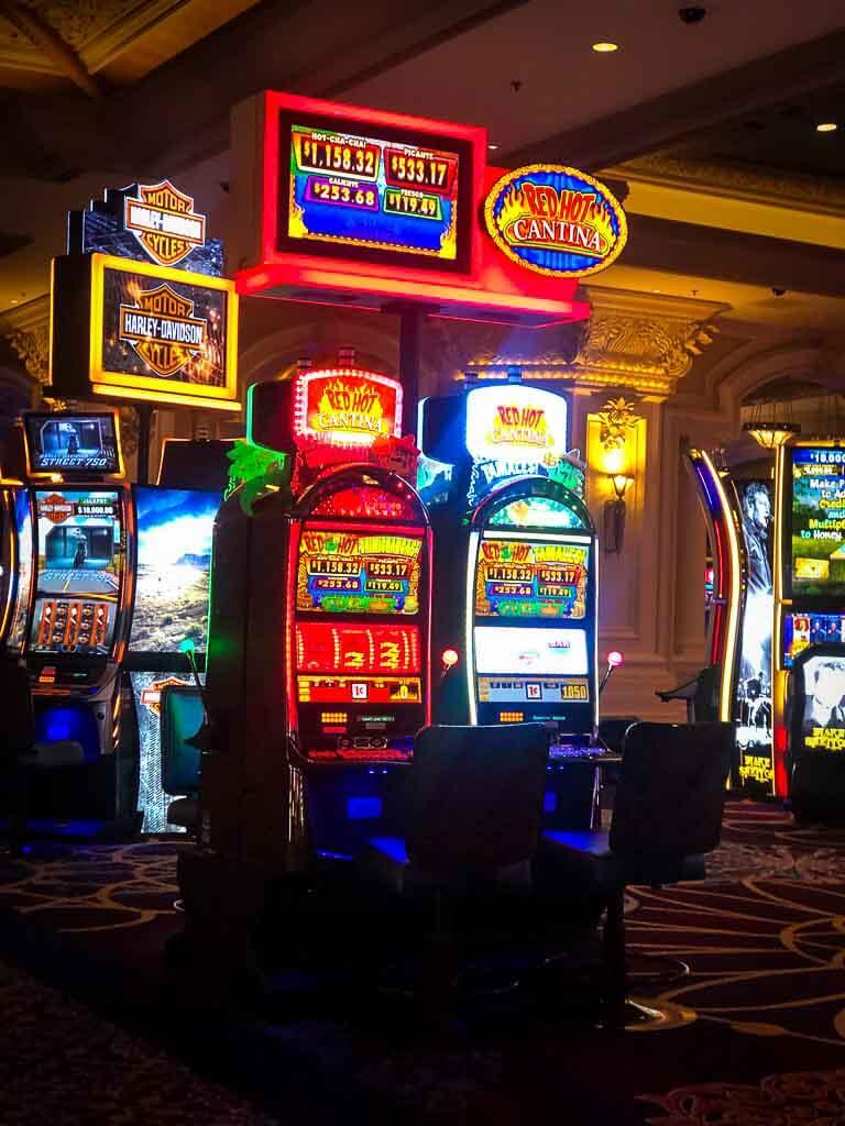 brightly coloured slot machines at mandalay bay