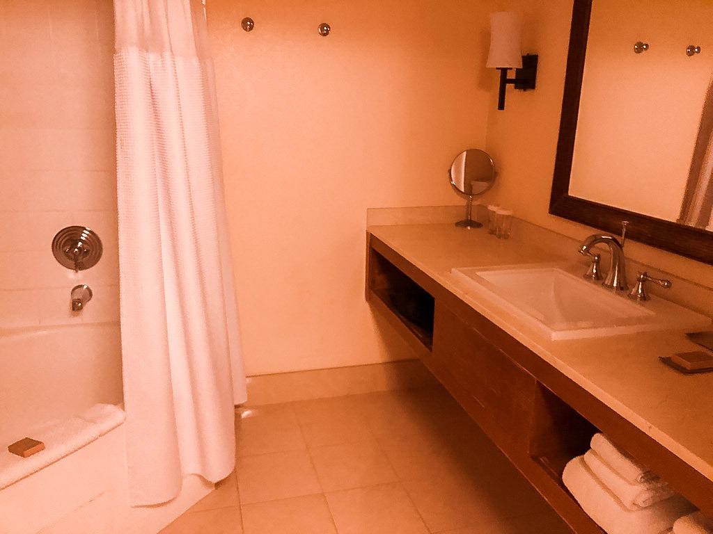 bathroom at the tropicana hotel, las vegas