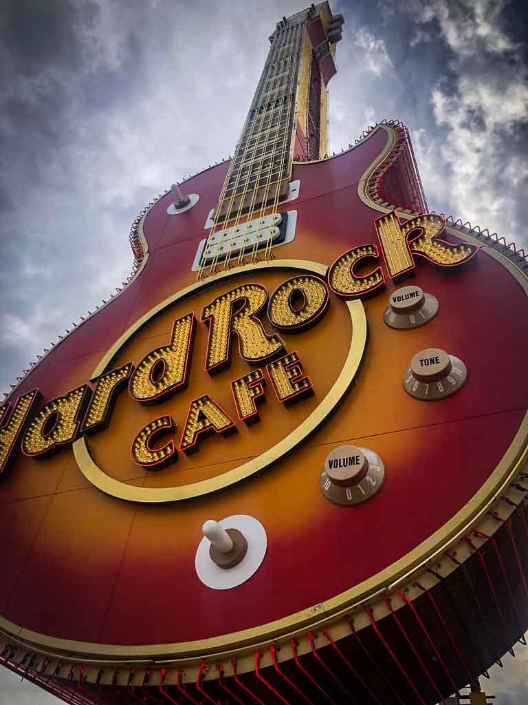 hard rock cafe guitar neon sign