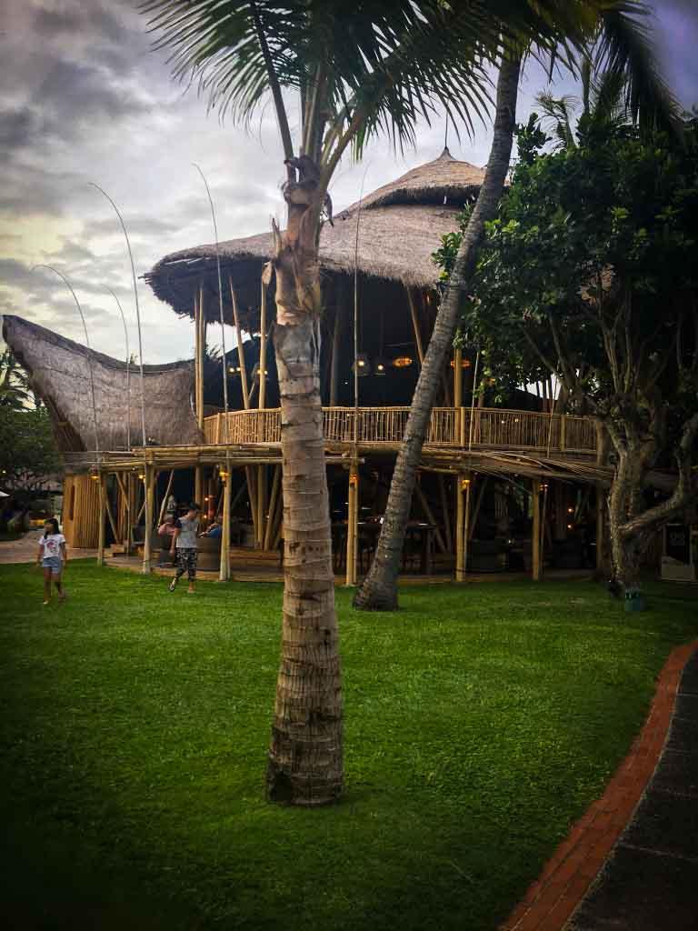 tamarind restaurant made of wood in nusa dua