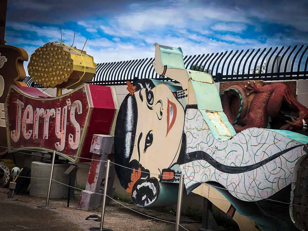 chinese lady sign at the neon museum